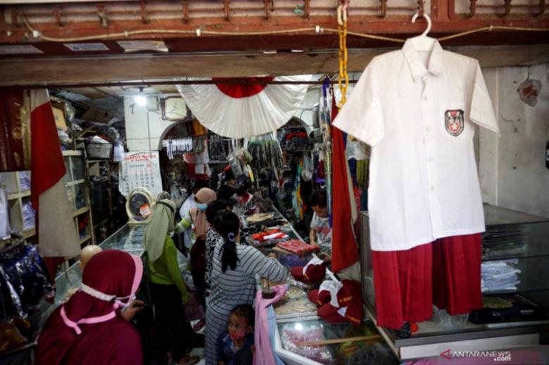 DPRD Surabaya: Harga seragam di koperasi sekolah harus lebih murah